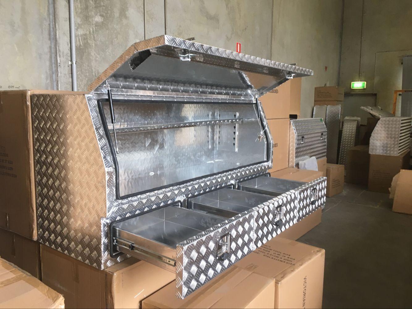 3mm 1700x600x820mm Aluminium Tool Boxes Full Door Truck